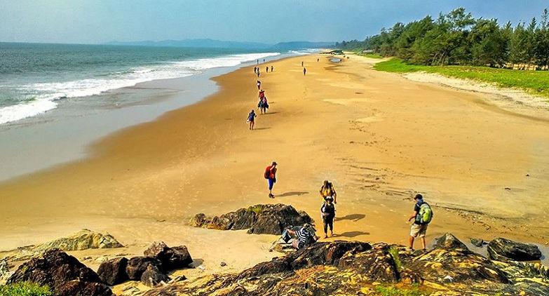 Gokarna Beach Trek- Perfect destination to spend your vacation